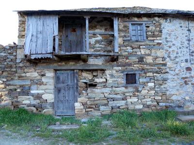 Ruin in Foncebadon