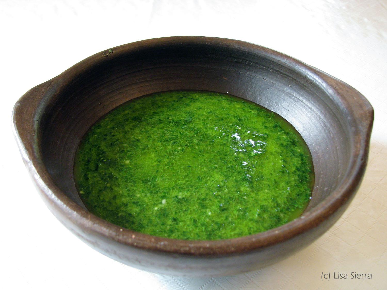 green sauce - mojo de cilantro